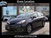 2015 Toyota Prius v -Clean Title -1 Previous Owner