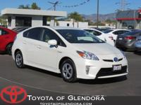 MULTI INSPECTION!! This 2015 Toyota Prius Four has a