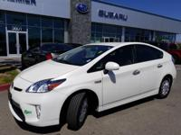 Options:  2015 Toyota Prius Plug-In Advanced 5D