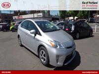 ~~ 2015 Toyota Prius Three ~~ CARFAX: 1-Owner, Buy Back