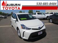 LOW MILES, 1 OWNER, NAVIGATION!!  This 2015 Toyota
