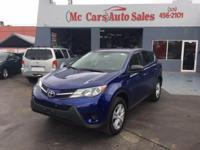 This 2015 Toyota RAV4 4dr AWD 4dr LE features a 2.5L L4