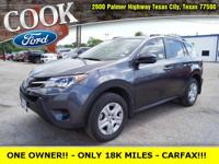 * ONE OWNER!! * - ONLY 18K MILES!! - PERFECT CARFAX
