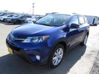 FUEL EFFICIENT 29 MPG Hwy/22 MPG City! CARFAX 1-Owner,