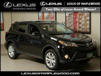 EPA 29 MPG Hwy/22 MPG City! CARFAX 1-Owner ONLY 17 979
