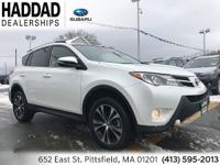 Toyota RAV4 Limited 2015 CARFAX One-Owner. Clean