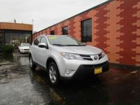 LIKE NEW 2015 Toyota RAV4 XLE with ONLY 27K miles, GAS