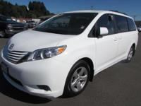 CARFAX 1-Owner, ONLY 21,894 Miles! EPA 25 MPG Hwy/18