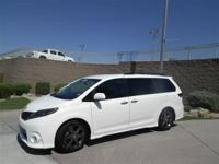 This beautiful 2015 Toyota Sienna SE is in great