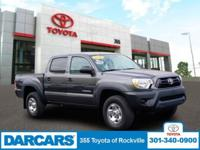 2015 TOYOTA TACOMA DOUBLE CAB 4X4 IN GREAT CONDITION