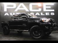 TRD OFF-ROAD 4WD!! TOUCHSCREEN WITH REVERSE CAMERA!!