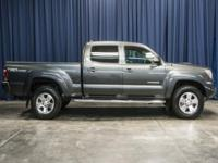 Clean Carfax 4x4 Truck with Rear Backup Camera!