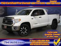 **** FRESH IN FOLKS! THIS 2015 TOYOTA SEQUOIA HAS JUST