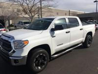 CARFAX One-Owner. 4WD.  2015 Toyota Tundra SR5 Odometer