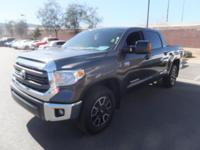 ~ 2015 Toyota Tundra SR5 ~ CARFAX: 1-Owner, Buy Back