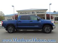 **LOW MILES**1-OWNER**SR5 CREW CAB**TRD OFF-ROAD