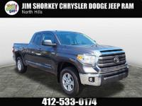 TOYOTA TUNDRA*MOST RELIABLE TRUCK ON THE PLANET*SMOOTH