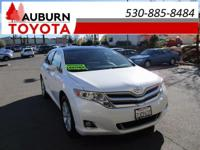 ONE OWNER, LEATHER, BACKUP CAMERA! This 2015 Toyota