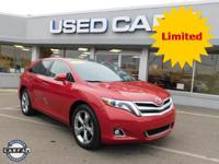 2015 Toyota Venza Limited! ** ACCIDENT FREE CARFAX