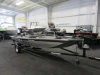 CLEAN 2015 TRACKER 170 PRO WITH ONLY 8 ENGINE HOURS AND