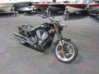 2015 VICTORY HAMMER 8-BALL DEMO WITH ONLY 14 MILES AND