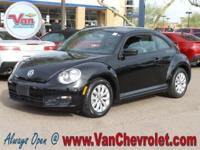 Clean CARFAX. CARFAX One-Owner.  2015 Volkswagen Beetle