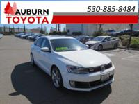 BLUETOOTH, MOON ROOF, HEATED SEATS! This 2015
