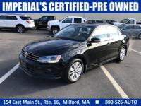FUEL EFFICIENT 37 MPG Hwy/25 MPG City! Heated Seats,