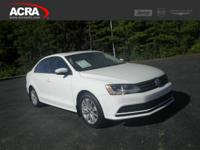 2015 Volkswagen Jetta Sedan, key features include: