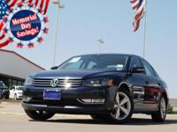 2015 Volkswagen Passat Night Blue Metallic 6-Speed