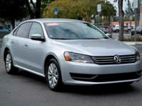 Options:  2015 Volkswagen Passat 1.8T S|Reflex Silver