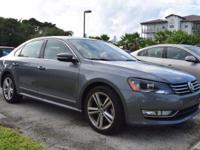 2015 PASSAT SE with SUNROOF and NAVIGATION factory 1.8L