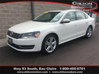 2015 Volkswagen Passat TDI SE w/Sunroof White Leather,