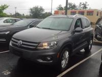 CPO!, Tiguan SE 4Motion w/Appearance, AWD, Alloy