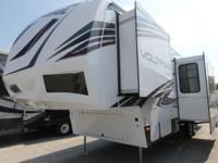 2015 DUTCHMEN VOLTAGE 3005 WITH LEATHER FURNITURE,