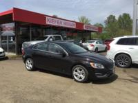 ONLY 26,901 Miles! EPA 37 MPG Hwy/25 MPG City! NAV,