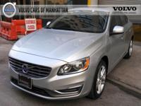 2015 Volvo S60 T5 Platinum AWD - VOLVO APPROVED -