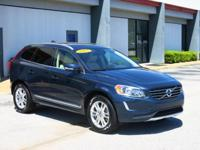 CARFAX ONE OWNER! BLUETOOTH, LEATHER SEATS, SUNROOF /