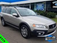 CARFAX One-Owner. Clean CARFAX. 2015 Volvo XC70 T5