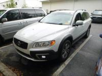 *2015 Volvo XC70**** Rare Pre-Owned Find ******