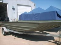 D&K MARINE IN CAMANCHE IOWA HAS A 2015 WELD-CRAFT BOAT