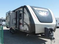 2015 Winnebago Ultra Lite 28DDBH. New 28 Travel