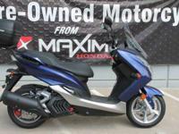 2015 Yamaha SMAX Like new! Low miles with some nice