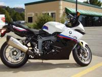 The athlete. 2015 BMW K 1300 S Brand new color combo