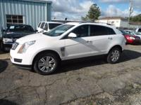 1 OWNER AND GREAT CAR FAX! WHITE 2015 CADILLAC SRX