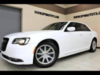Beautiful 2015 Chrysler 300 S- Keyless Entry - Remote