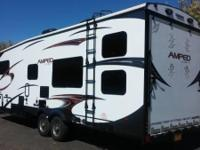 2015 EverGreen RV Amped M-28FS. 2015 Evergreen Amped