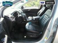 Wow! This ONE OWNER and CLEAN CARFAX Ford Edge SEL is