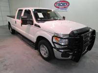 2015 Ford F-250 Super Crew  XL ** 8' bed ** Nearly new