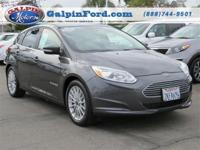 2015 Ford Focus Electric . CARFAX: 1-Owner, Buy Back